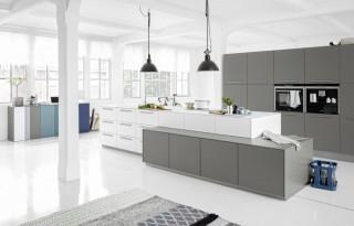 Kuchyně NOLTE Soft Lack 76A/76Q Arktický bílý soft matný/Šedý křemen soft matný
